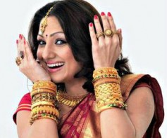 Priyanka Upendra re-enters Bollywood with Mithun Chakraborty's film