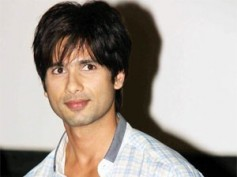 Shahid Kapoor to pay dancing tribute to Dev Anand, Shammi Kapoor