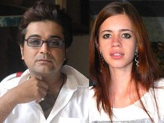 Kalki Koechlin attacks Prosenjit Chatterjee, bites his lips