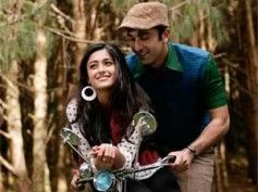 WATCH: Ranbir Kapoor rocks in Barfi's first song 'Ala Barfi'