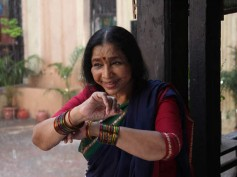 Mai Movie Review - Asha Bhosle is the saving grace!