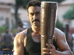 Ajay Devgn to star in Bachchan remake!