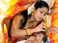 Mother's day: Hottest Yummy Mummies in Malayalam