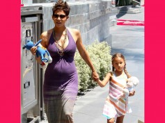 Pregnant Halle Berry Wants To Get Back To Work