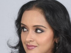 Actress Shalu Menon To Be A Police Officer!