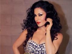 Veena Malik's Love At First Sight!