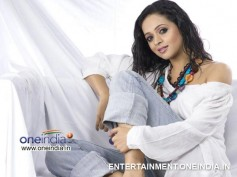 Kannada Producer Naveen Is Not Dating Bhavana