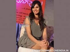 Photos: Gorgeous Deepa Sannidhi At Endendu Ninagaagi Audio Launch