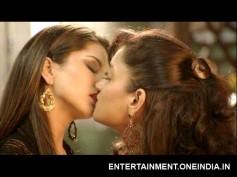 Sunny Leone Locks Lip With Girl In Ragini MMS 2!