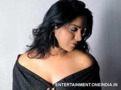 Ragini Dwivedi Honours Kavita Radheshyam As Next Silk Smitha