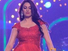 Breaking News: Akriti Kakkar Injured, Opts Out Of Jhalak Dikhla Jaa 7 Wild Card Race!