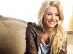 Julianne Hough To Judge 'Dancing With The Stars'?