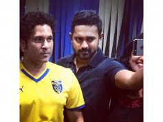 Asif Ali's Selfie With Sachin Tendulkar!