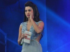 Bollywood Shocked Over Gauhar Khan Being Slapped For Choice Of Clothes!