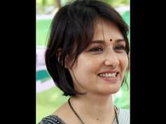 Amala Akkineni Sings In Hamari Adhuri Kahani