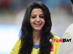 Vedhika Joins 'Amar Akbar Anthony'