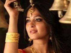 Anushka To Do An 'I' Vikram In Size Zero?