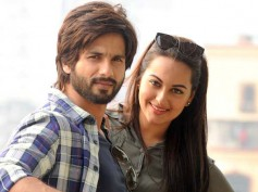 Shahid Kapoor's Birthday: Sonakshi Sinha Hides From Cameras?