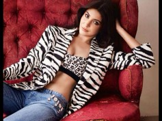 How Anushka Sharma Feels After Seeing Herself On Newspapers?