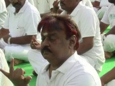 OMG: Captain Vijayakanth's Yoga Session Goes Wrong, Ridiculed By Fans Online!