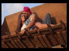 Akshay Kumar Finds His Miss Khiladi For Singh Is Bling