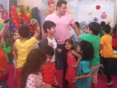 Pictures: Salman Khan Shoots A Special Promo With Kids For Bajrangi Bhaijaan