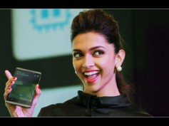 Guess Why Deepika Padukone Is Busy With Her Phone?