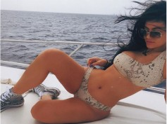 Kylie Jenner Uploads The Hottest Bikini Pic Ever, Bored Kim Shares Selfies During St. Barts Vaca