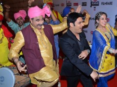 Awesome! These Bollywood Stars Will Watch Kapil Sharma's Debut KKPK