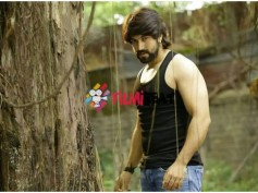 PIC TALK: Yash's Masterpice Is The Year End Blockbuster Of 2015!