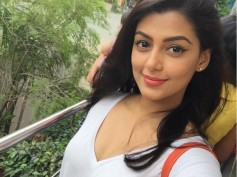 Bengaluru Is My Favourite City Says 'Karvva' Actress Anisha Ambrose