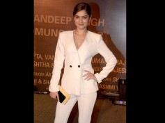 Post Break-Up With Sushant, Ankita Lokhande's First Solo Appearance At Aish's Sarbjit Premiere!