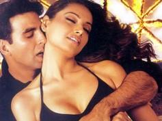 Unseen Pictures Of Bipasha Basu & Akshay Kumar!
