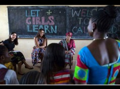 Freida Pinto Meets The First Lady Of US Michelle Obama, For the 'Let Girls Learn' Initiative!