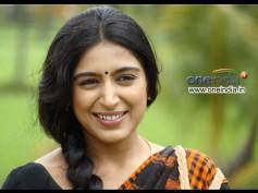 Padmapriya Eyeing A Comeback With Tiyaan!