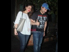 Pregnant Kareena Kapoor Spotted With Saif Ali Khan & There's Something Special In These Pictures!