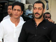 Inside Details! Shahrukh Khan Met Salman Khan At His House; Here's What They Did!