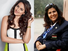 Wow! Sonakshi Sinha Has A 'Fan Moment' With Deepa Malik