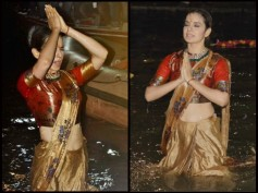 VIRAL PICS: Kangana Ranaut Fearlessly Takes Dips In Ganges During The Poster Launch Of Manikarnika!