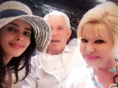 Mallika Sherawat Meets Donald Trump's First Wife Ivana Trump! View Pictures