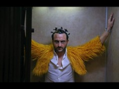 Kaalakaandi: Saif Ali Khan's Quirky Look In This New Still Will Leave Your Jaw Dropped!