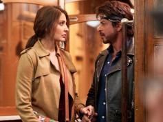 PIC TALK! Shahrukh Khan SURPRISES The Newlywed Anushka Sharma On ZERO Sets; See How He Welcomed Her