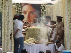Sridevi Funeral UPDATES! Mortal Remains Reach Crematorium; Final Rites Begin