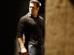 While Salman Khan Acts 'Tough' Inside The Jail, His Counsel Is Threatened To Not Appear In The Court