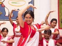 Sonakshi Sinha Bullett Raja Aspiring Actress