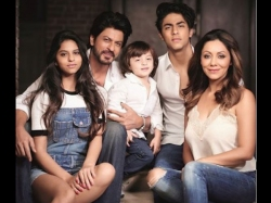 How Shahrukh Khan Sepnds Perfect Day With Aryan Suhana Abram