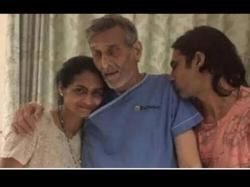 Veteran Actor Vinod Khanna Passes Away At The Age Of 70