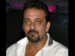 Sanjay Dutt Sends A Legal Notice Unauthorised Biography Talks About His Affair With Madhuri Dixit