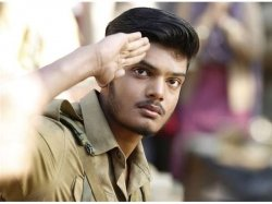 Mehbooba Review Akash S Acting Is Impressive But Puri S Screenplay Flunks