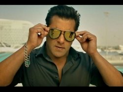 Race 3 Plot And Rating Salman Khan